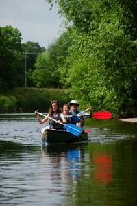 Hens Party can canoe on the Wye